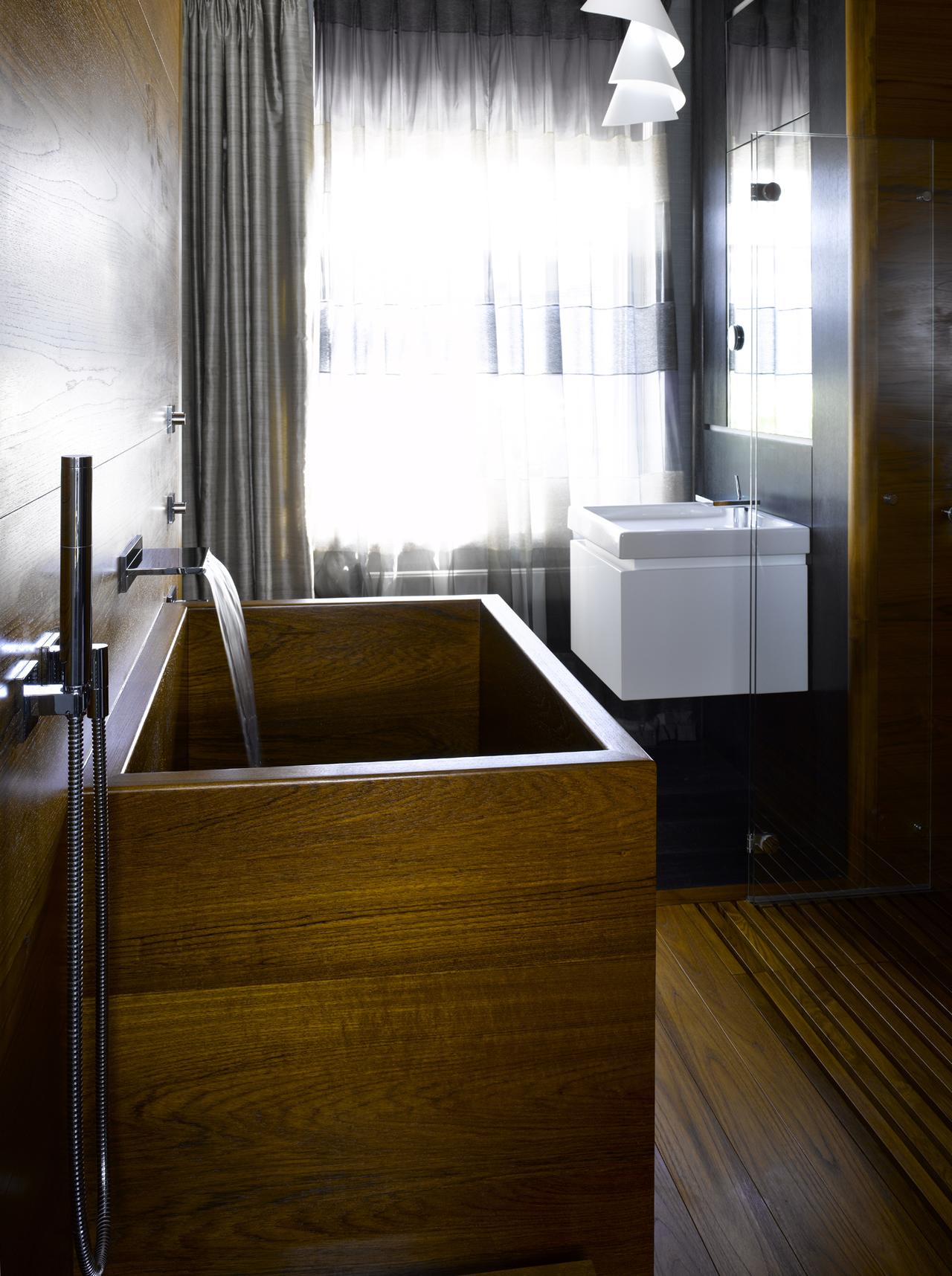 Geo Deep \'Ofuro\' bath - William Garvey - Furniture Designers & Makers